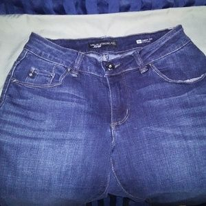 Lee Women's Jeans. Size 4P. Curvy Stretch Bootcut.